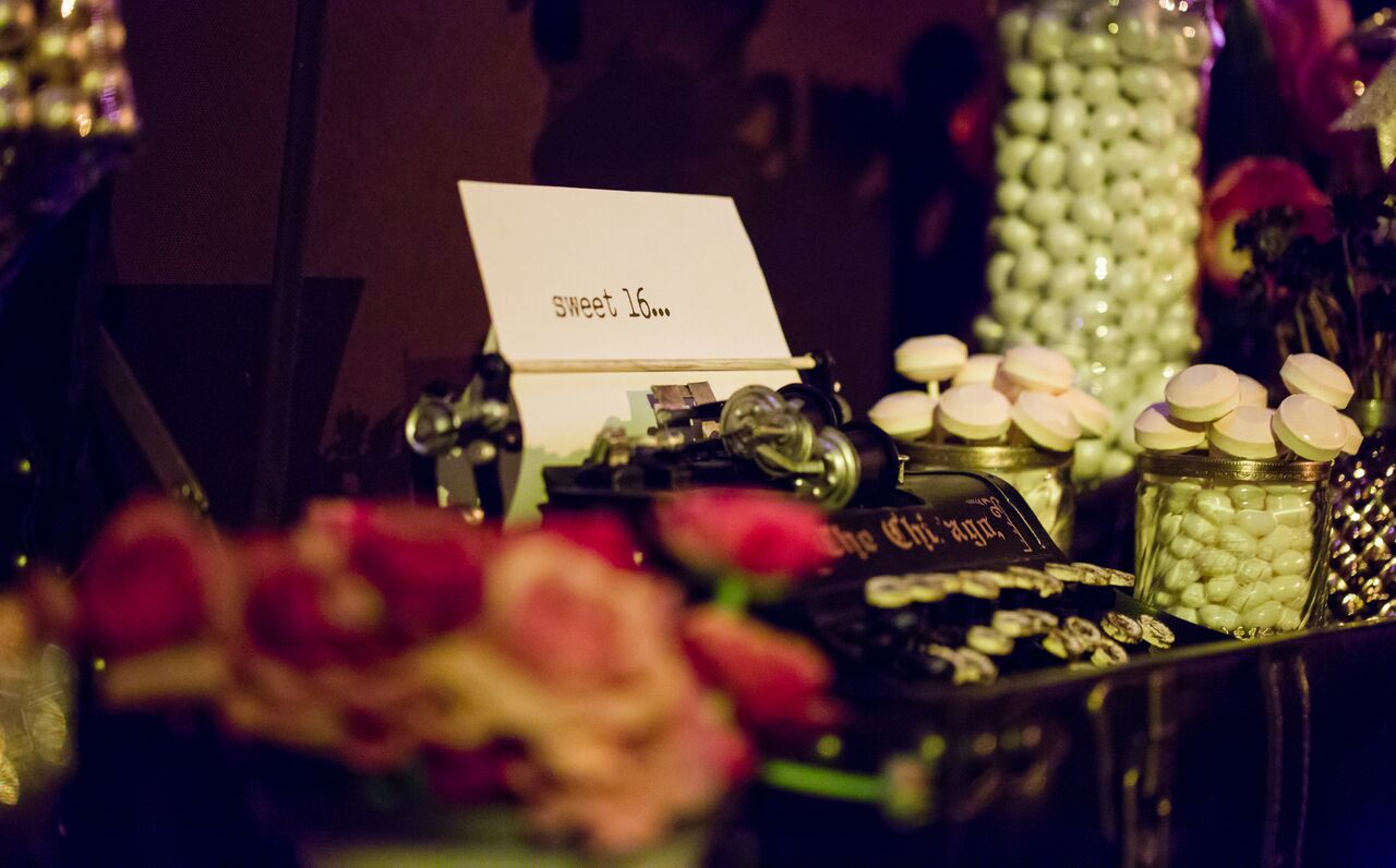 Sweet 16 Vintage Hollywood Glamour Candy bar - Candybar Couture